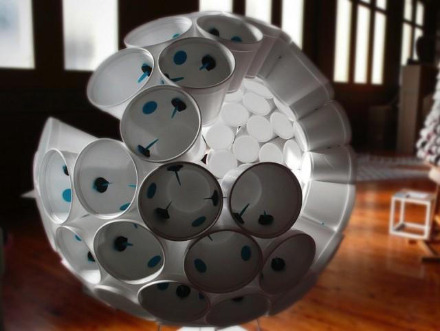 プラスチックコップとメイクドゥで作ったもの